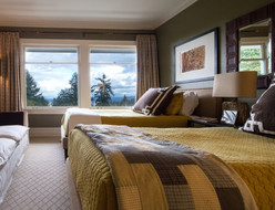 It's nice to have a suite for your guests.