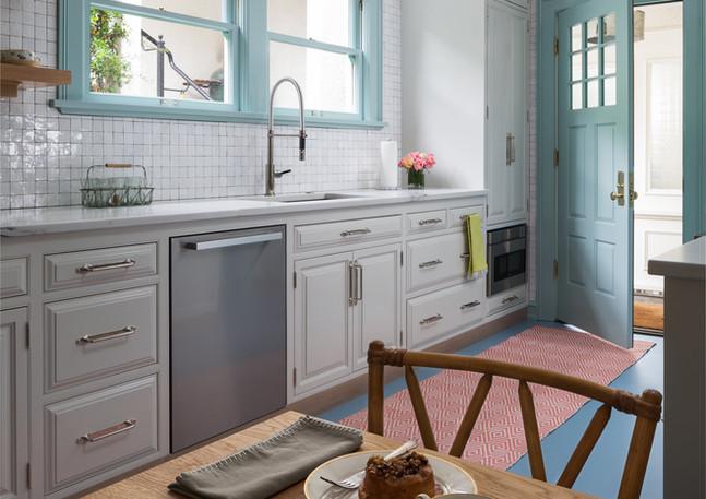 cheerful+kitchen.jpeg