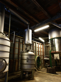 單式蒸餾器 (翻新前)