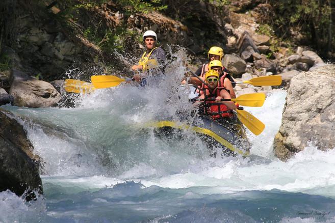 Raft sur la Guisane