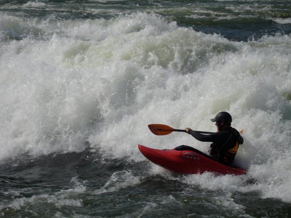 Jouer dans la vague
