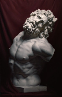 Cast painting of Laocoon