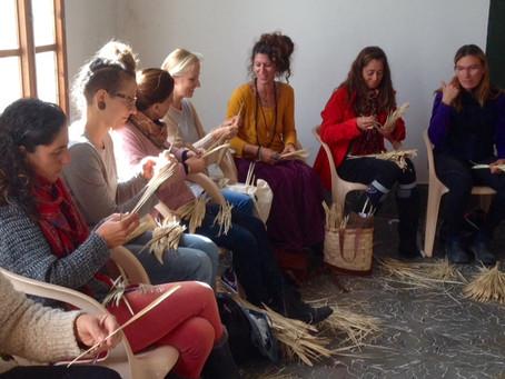 UNA nueva generación de artesanas del palmito