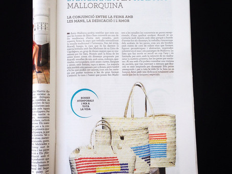 """""""TIMELESS BAGS FOR A LIFETIME"""". ANTIC MALLORCA BAGS IN """"ARA"""" NEWSPAPER"""
