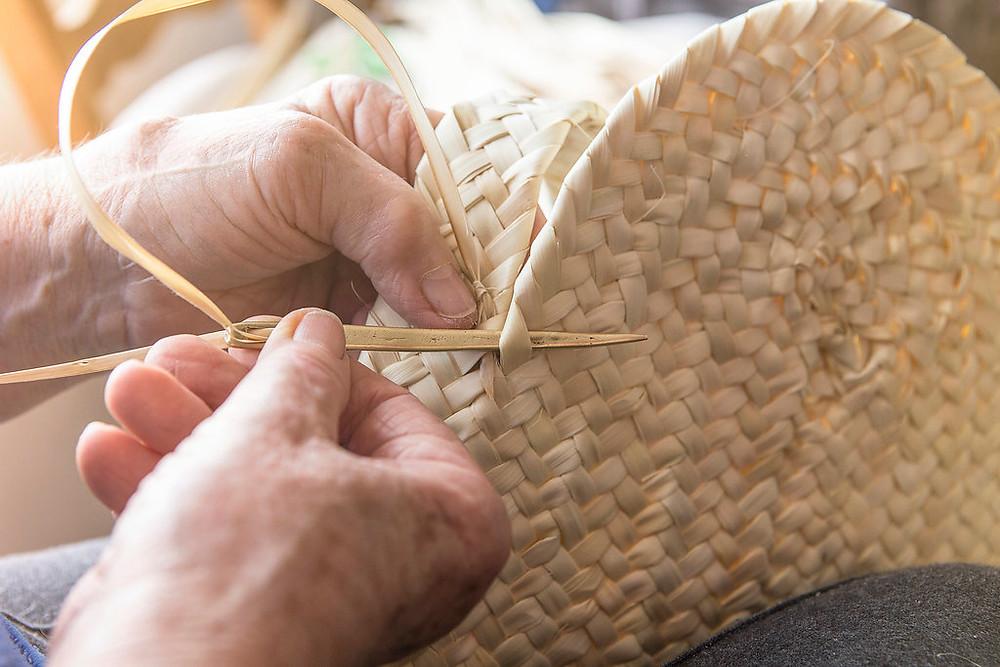 Preservando la artesanía del palmito en Mallorca