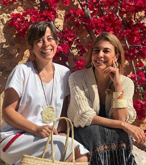 Los bolsos, pulseras y perfumes de Antic Mallorca a la venta en Real Fábrica.