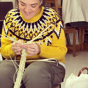 Cómo aprender a hacer cestas de palmito.