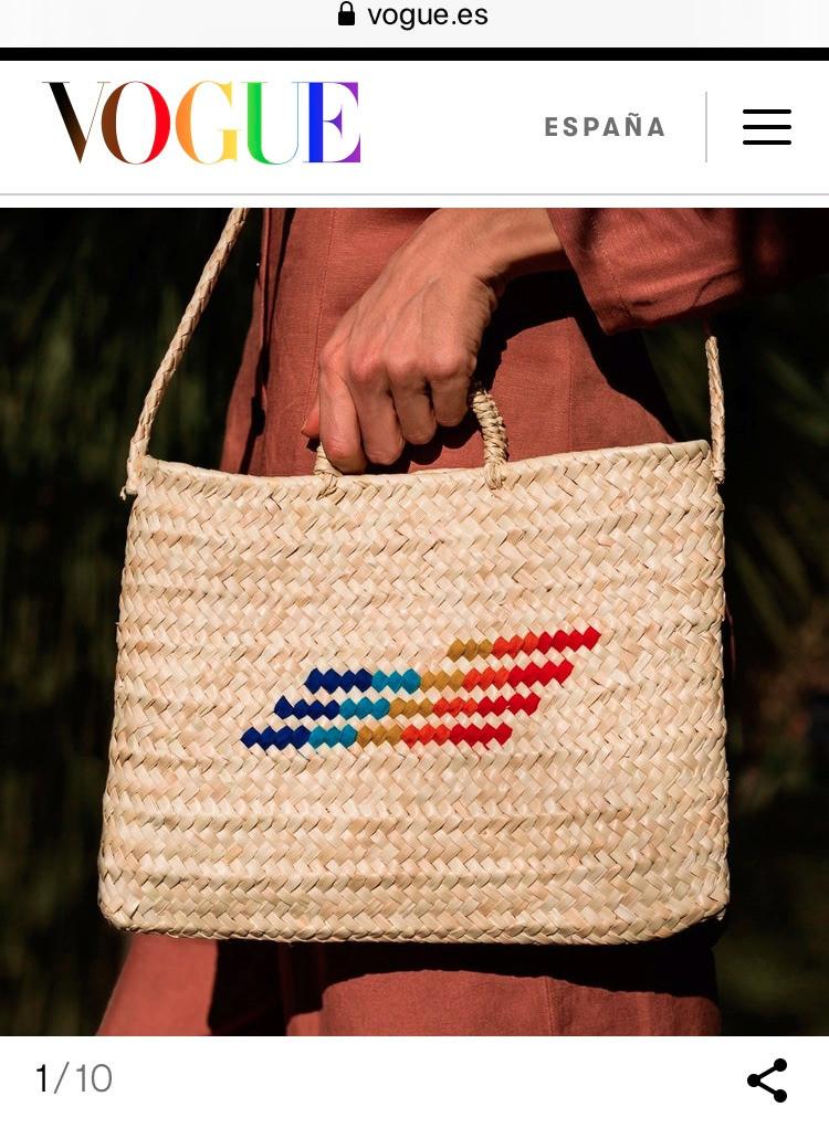 Vogue selecciona la cesta de la edición especial Antic Mallorca & Real Fábrica, como una de las 10 cestas españolas para llevar este verano.
