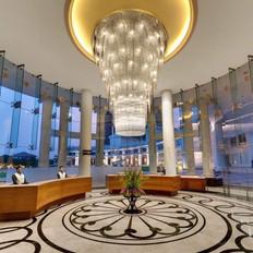 Amanora The Fern Hotel & Club