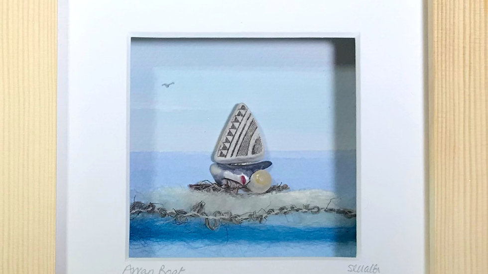 Small Boxed Picture Porcelain Boat