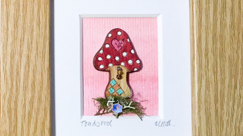 Toadstool Mini Boxed Picture