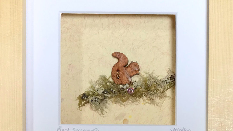 Small Boxed Picture Red Squirrel