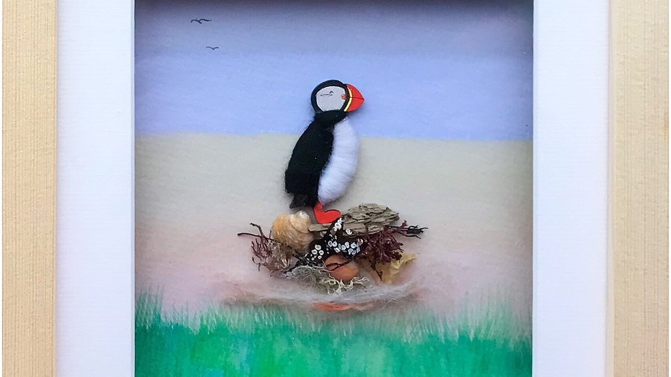 Medium Boxed Picture Woolly Puffin