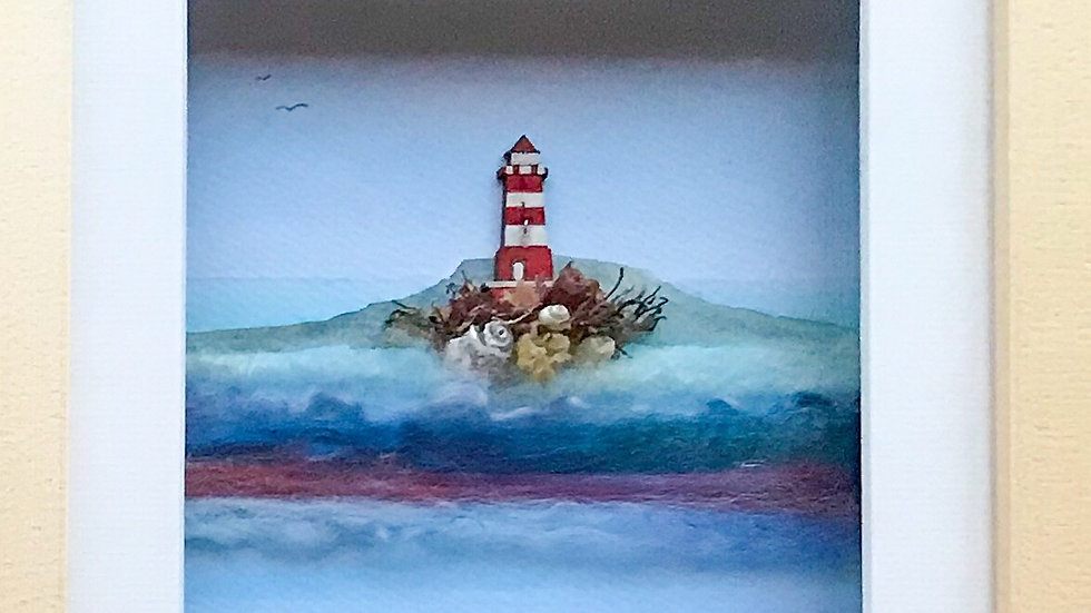Medium Boxed Picture Red Lighthouse