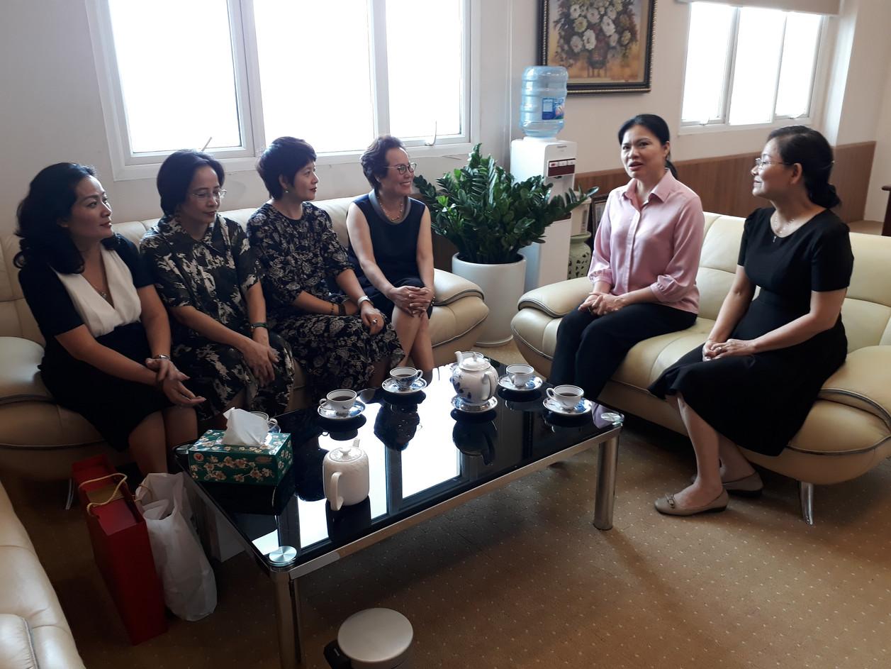 HNEW chúc mừng Tân Chủ tịch TW Hội LHPN Việt Nam