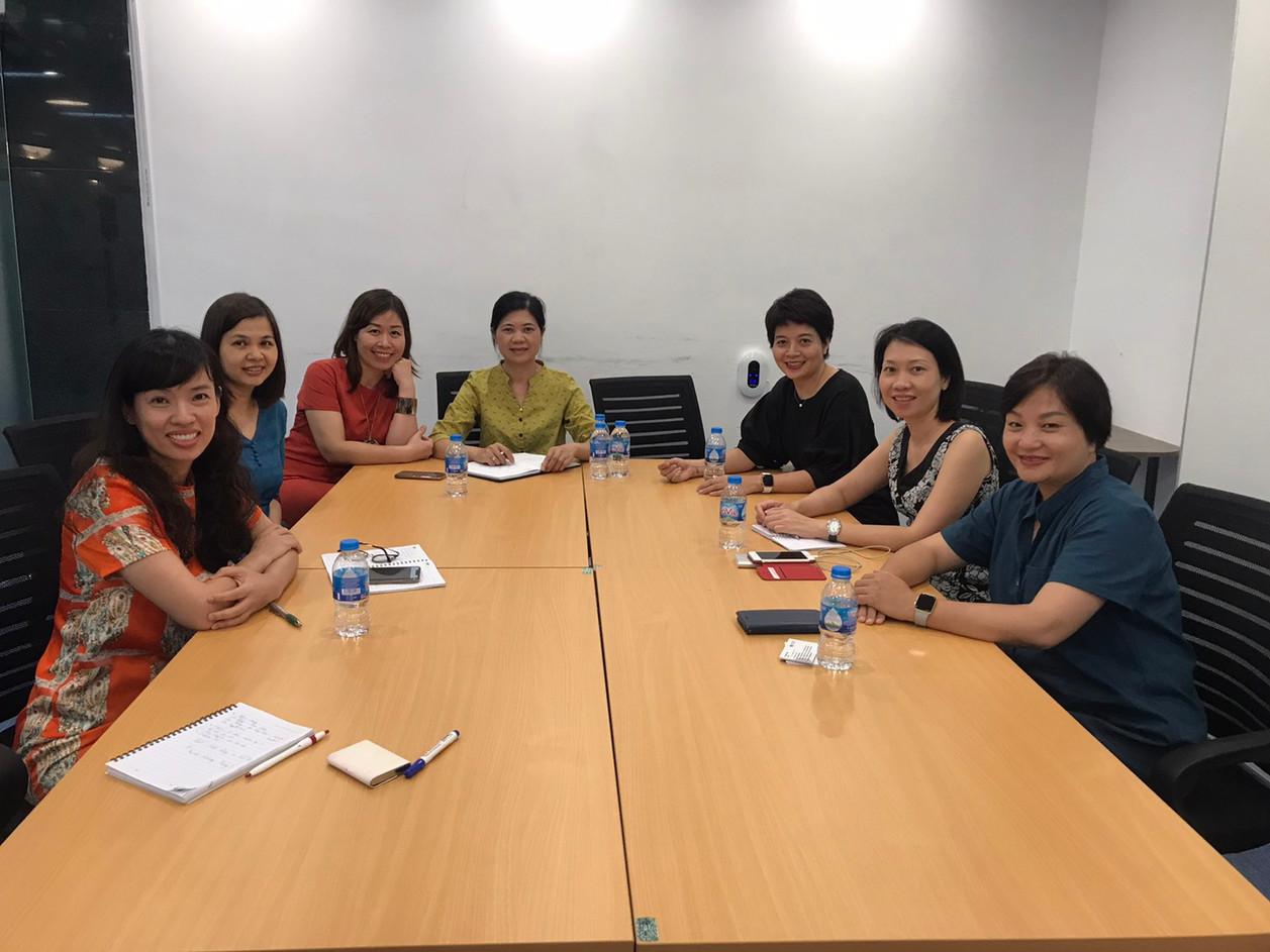 HNEW làm việc với WISE ( Sáng kiến hỗ trợ phụ nữ khởi nghiệp và kinh doanh)