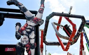 Six Flags Over Texas' Harley Quinn Spinsanity