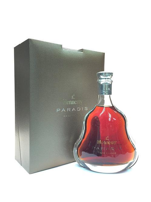 Hennessy Paradis 2000s