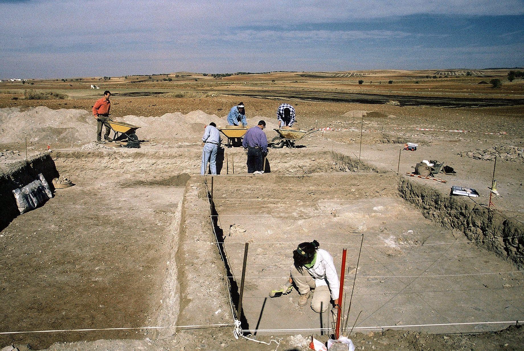 Excavación arqueológica en 'Los Espejares'. Año 1998.