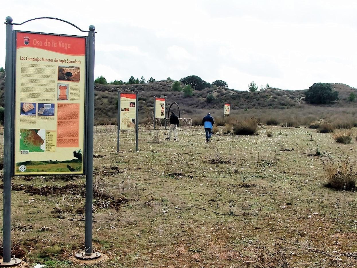 Yacimiento arqueológico de 'Los Espejares' con puesta en valor de un pozo minero romano y cartelería informativa