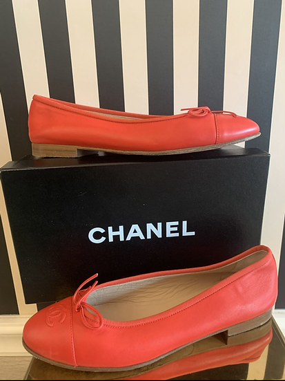 Chanel ballerine