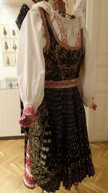 slovakia_tradition7-576x1024.jpg