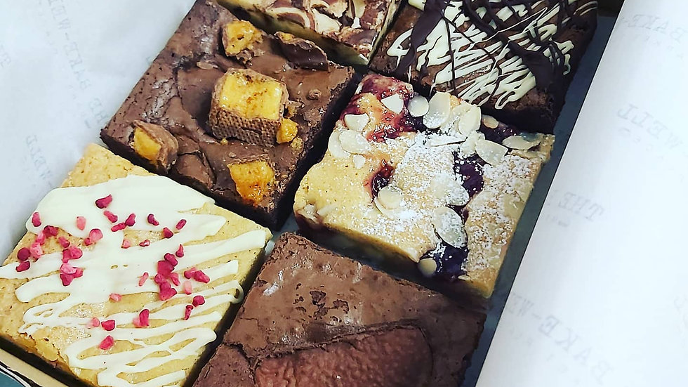 Monthly Mixed Brownie Box