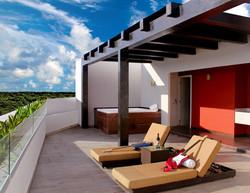 Rock_Suite_Platinum_Rooftop_Lounge2-1500