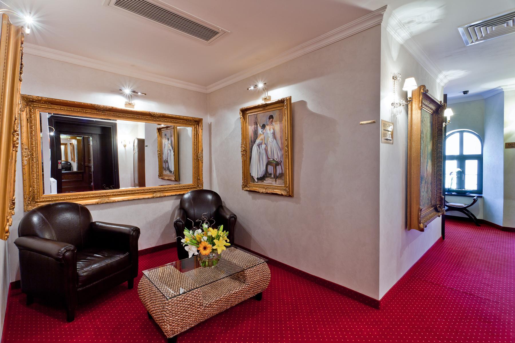 Executive Foyer