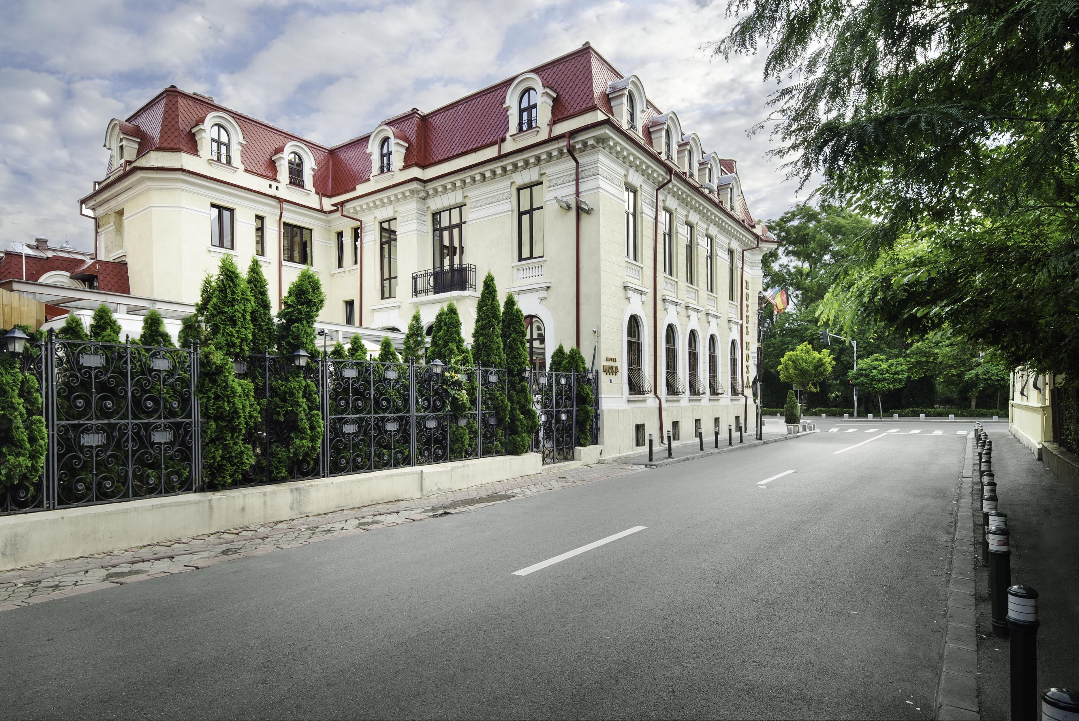Patrimoniu building from Moxa Street 2