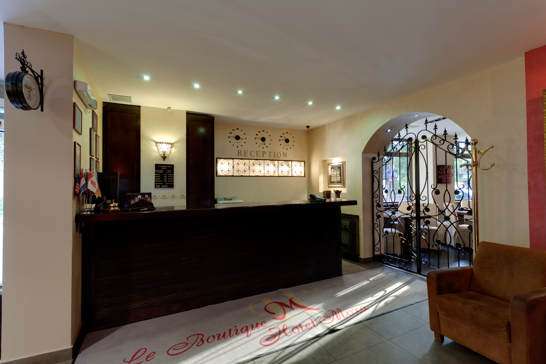 Hotel Moxa Reception & Foyer