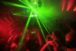 DJ mit Lichteffekten