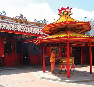 FUN THINGS TO DO IN JAKARTA Chinatown with LSI Tours.