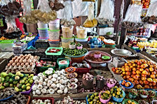 Jakarta Attractions? See Chinatown with LSI CITY TOURS JAKARTA.