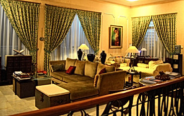 LSI JAKARTA DAY TOURS | Stay at our  gorgeous Jakarta Guesthouse.