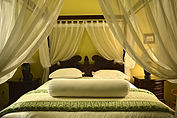 LSI JAKARTA DAY TOURS | Stay at our 5-Star Jakarta Guesthouse.