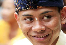 Article : INDONESIA POPULATION /PEOPLE (LSI Jakarta Tour Guides Ltd)