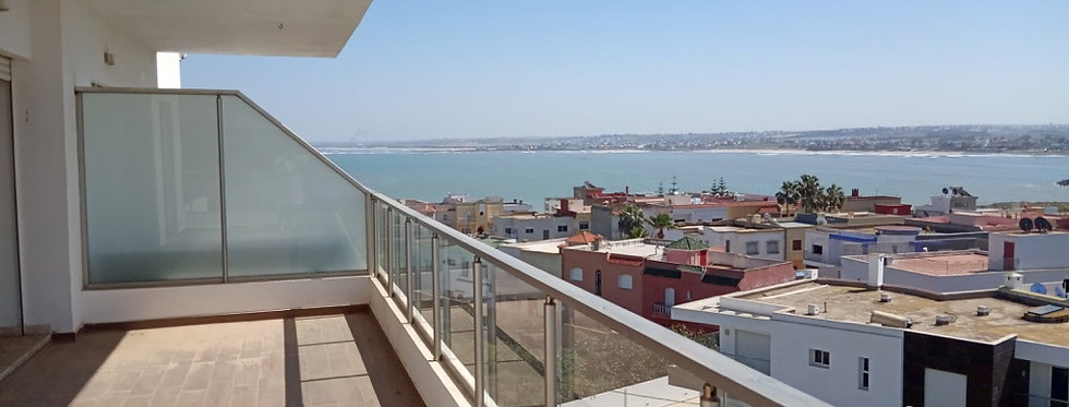 DAR BOUAZZA - Appartement avec grande terrasse vue mer