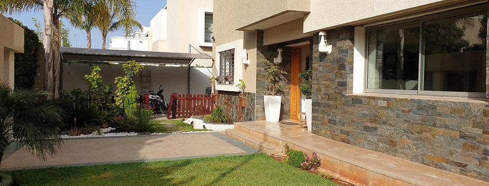 DAR BOUAZZA - Belle villa faisant l'angle dans la résidence villa des prés