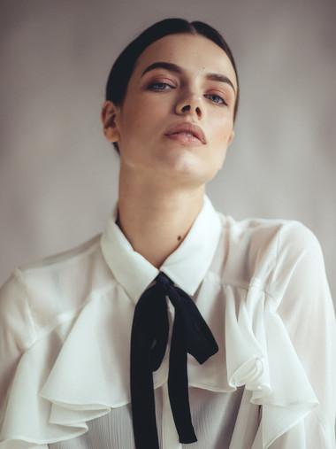 Lara Buettgen - Photo by Sebastian Heberlein