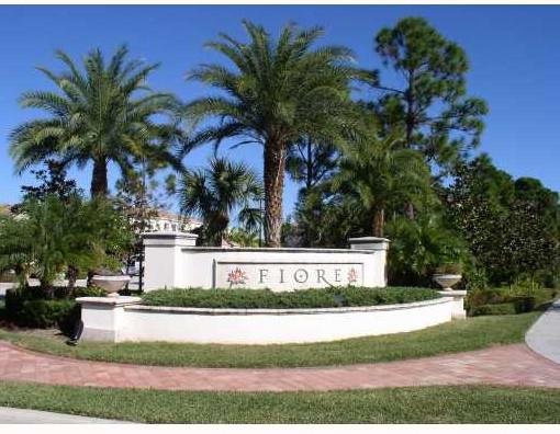 fiore front gate 1.jpg