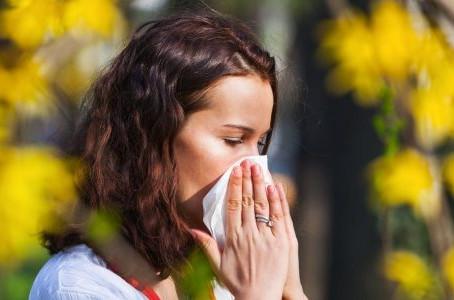 Hooikoorts: 5 tips die je klachten kunnen verminderen