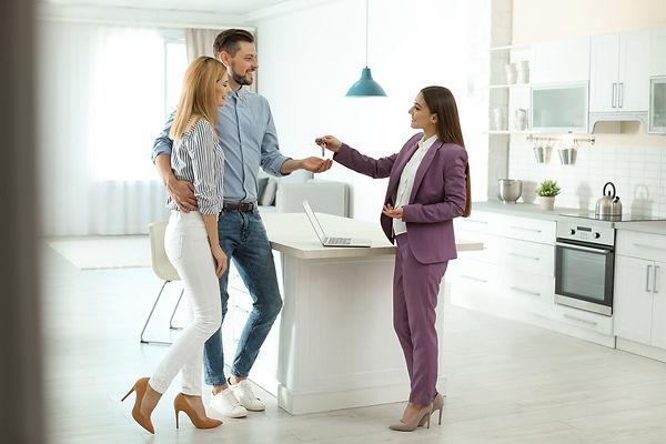 female real estate agent-2.jpeg