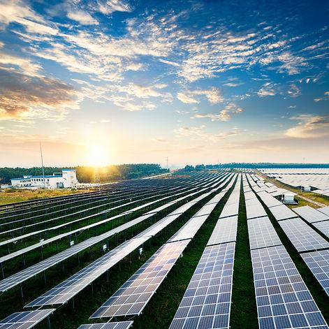solar-panel-8M6FC3Q.jpg