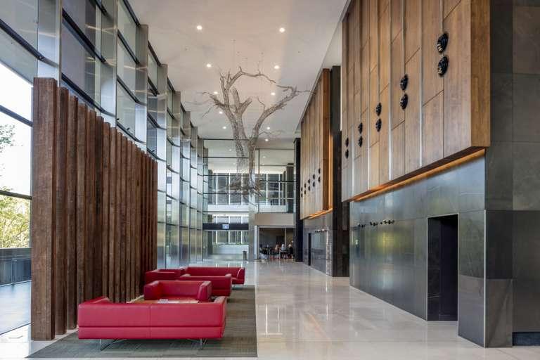 Alluvion lobby