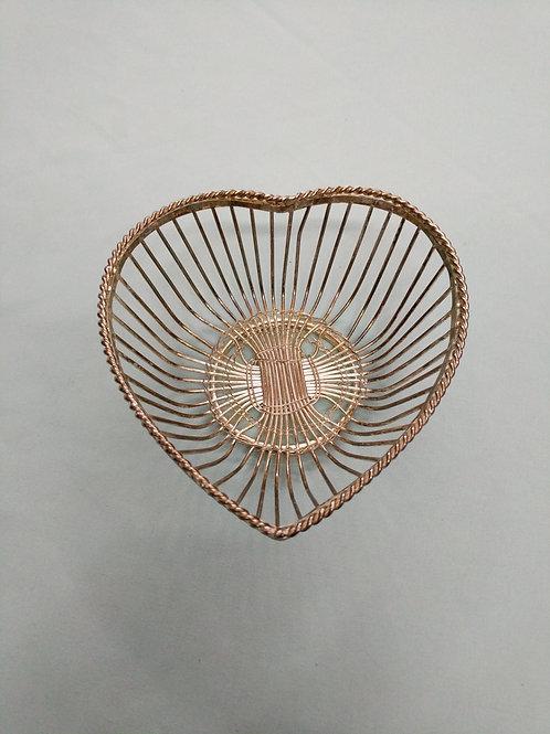 Wire Heart Dish