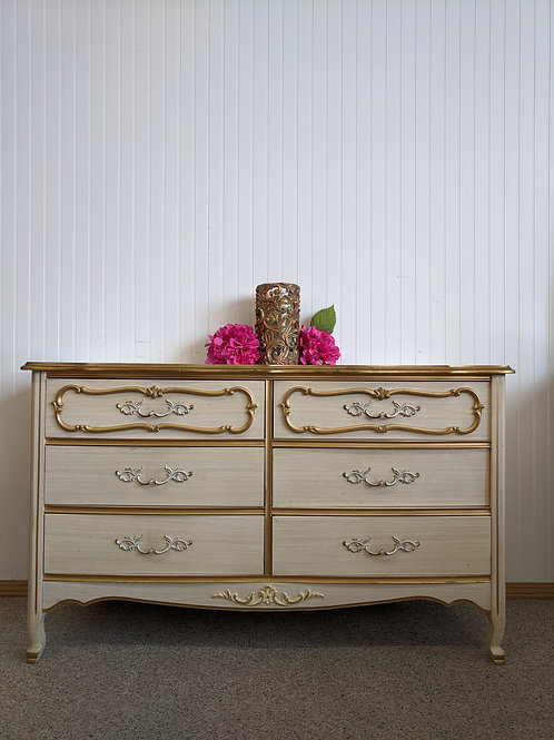 French Provincial 6 Drawer Dresser