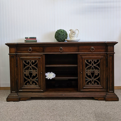 Thomasville Media Console