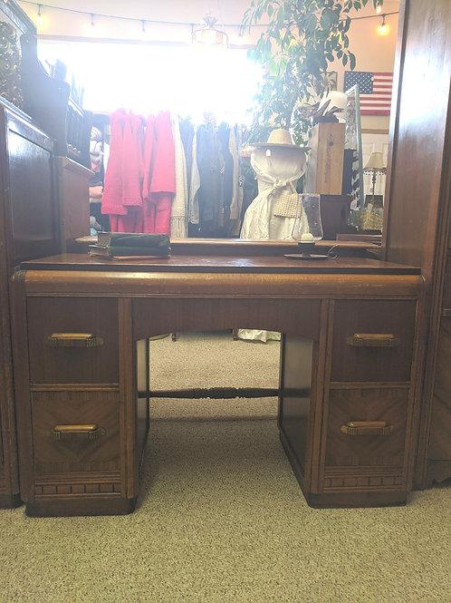 4 Drawer Vintage Desk