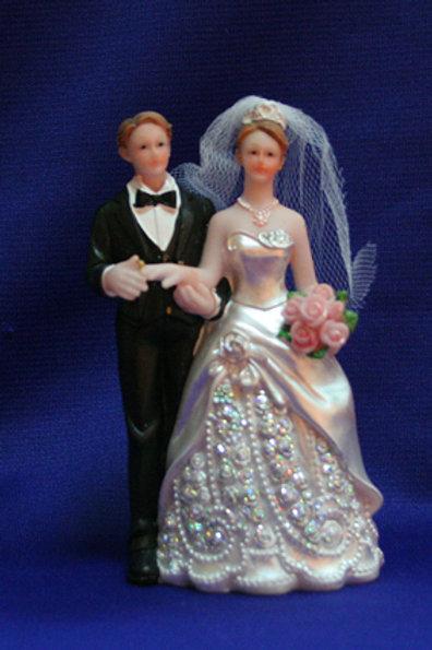 Фигурка классика платье в алмазах